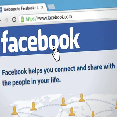 Acquires Facebook.com Domain Name